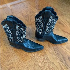 NEW Leather Western Justin Boots with Embroidery